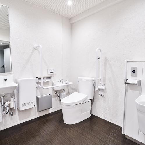 1Fに多目的トイレ完備
