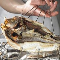 旬の魚の炭火焼
