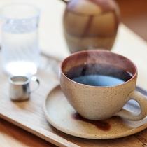 喫茶メニュー・オリジナルブレンドコーヒ☆備前焼のカップでご提供いたします。