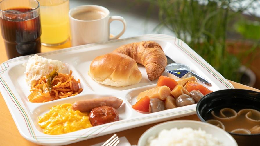 【夏旅セール】≪特典付≫香ばしい薫りの誘惑♪毎朝焼きたて!パンバイキング朝食付