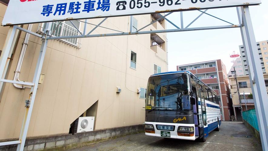 大型バス・トラック利用OK!1泊2000円でご駐車頂けます