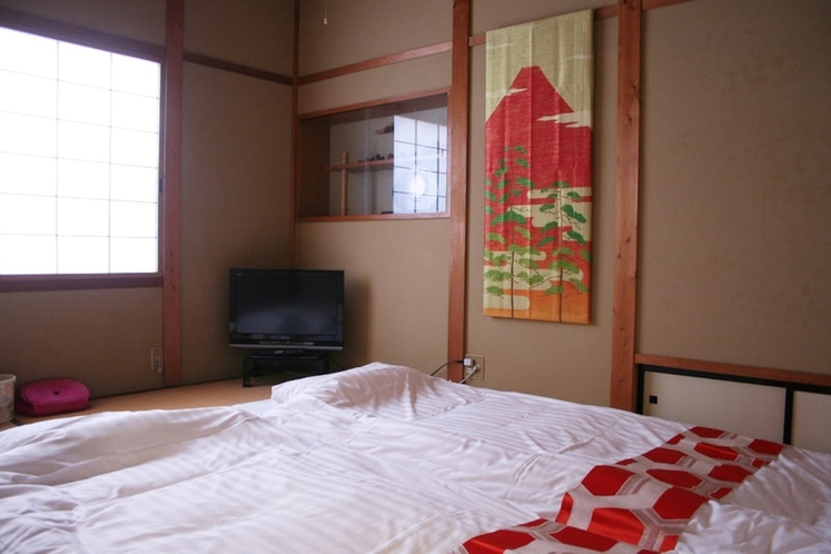 Another bedroom (2 people) もう1つの寝室(2名)
