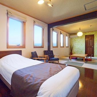 窓から海が一望できる天然温泉付ゆったり1F和洋室◆お部屋食