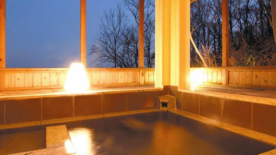 天然温泉 貸切露天風呂