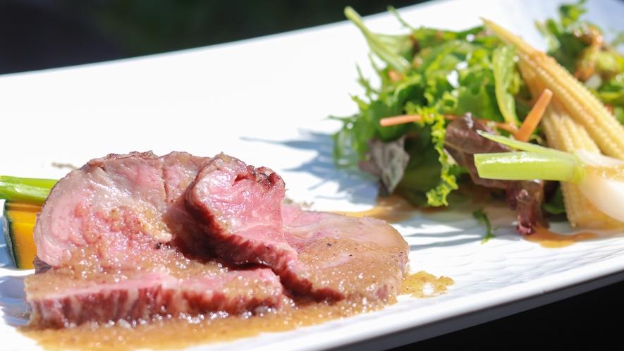 希少な伊豆牛サーロイン。食べられるのは伊豆高原でも数店のみ!