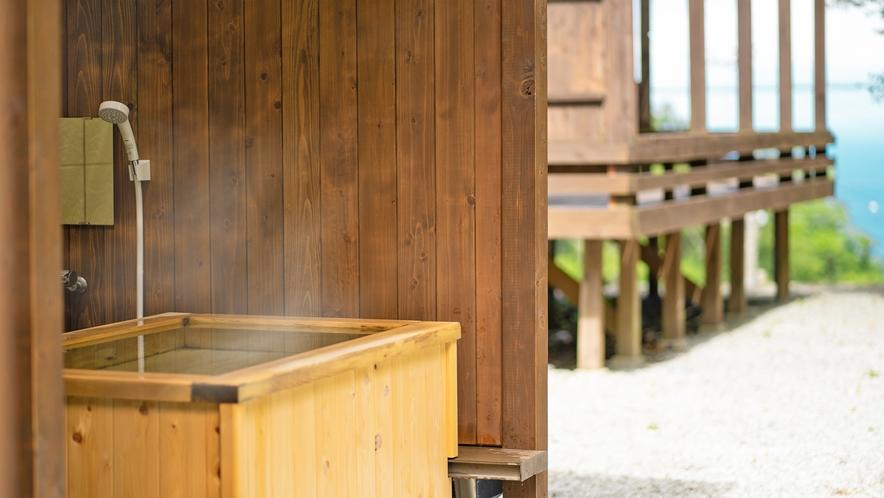 1F天然ヒノキの客室露天風呂は2021年リニューアル!ゆっくりお休みいただけるテラスができました。