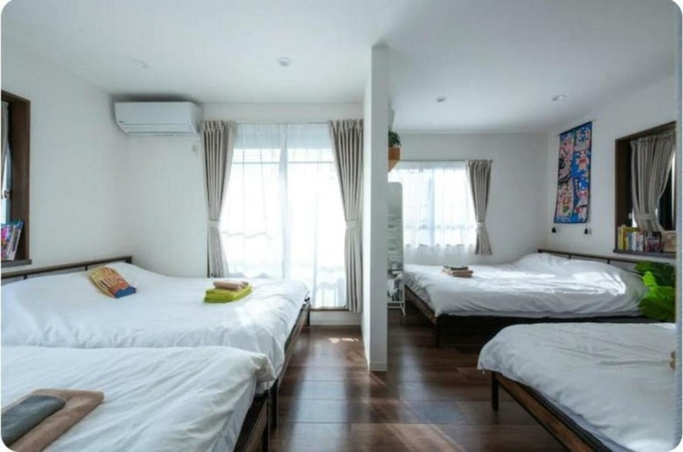 Bed room (3F)