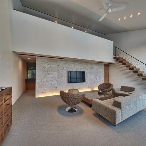 内装:Interior View.