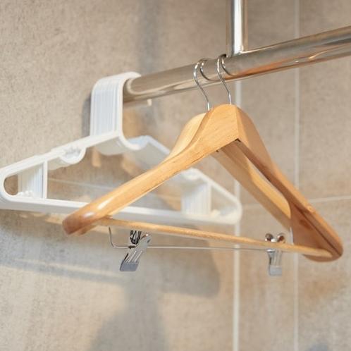 ハンガー:Hanger