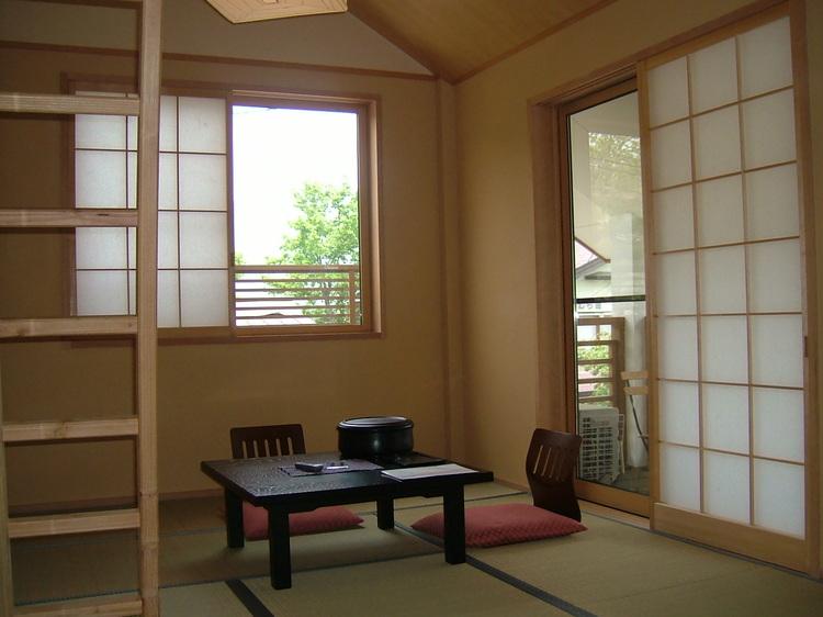 秘密基地みたいなロフト付♪和室7.5畳+ロフト4畳(禁煙・Wi-Fi)