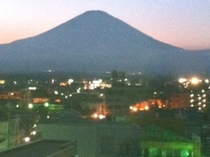 シルエット富士山