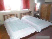 夏季ベッド(602号)