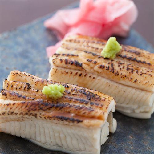 【江坂寿司バルおーうえすと】本格的な江戸前鮨と全国各地の銘柄酒を存分に味わえる!