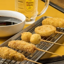 【串カツ もんじゃ ひまわり】大阪名物の串カツをお召し上がりいただけます♪