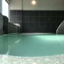 大浴場/草津温泉のシンボル「湯畑」から引く湯畑源泉。