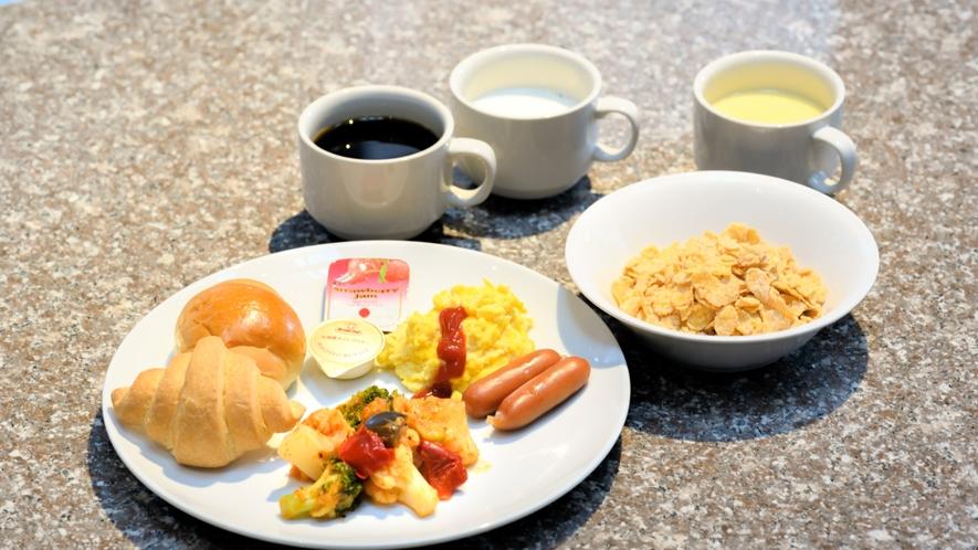 朝食盛り付け(例)