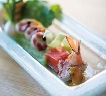 瀬戸内の新鮮な魚介類を使用しております。