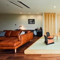 【橙】3名様でご宿泊の際は、和室コーナーに和布団をご用意致します。