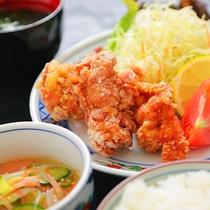 【★無料夕食★唐揚げ定食】