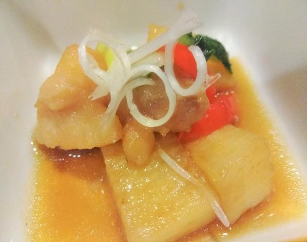 朝食一例 信州産長芋と鳥肉の甘辛焼き
