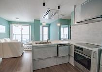 マウンテンサイドバルコニー付き2寝室2バスペントハウス キッチン