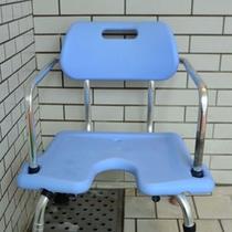 高齢者用のイス(大浴場)