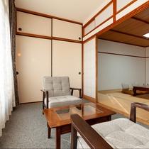 東館12.5畳:純和風のくつろぎの空間で旅の疲れを癒してくださいませ。