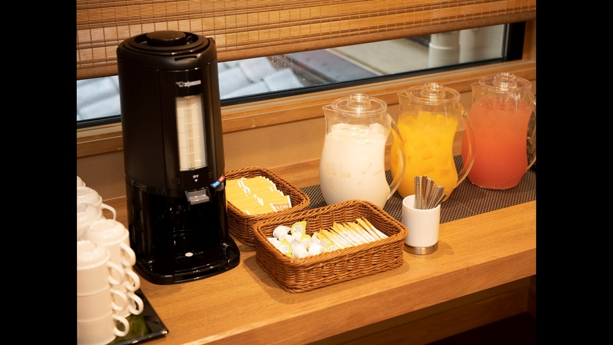 【朝食】ハーフバイキング