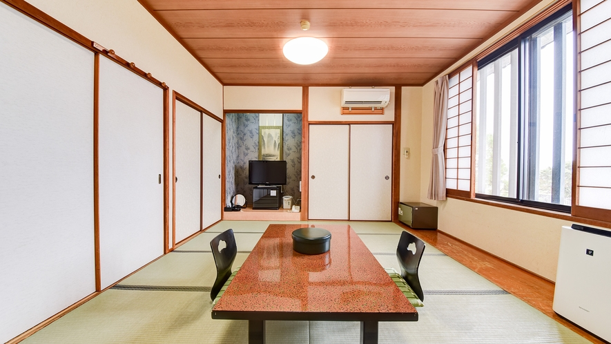 *【和室一例】ほっこり落ち着く和室で快適にお過ごしください♪バス・トイレはお部屋にはございません。