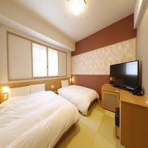 ◆ツインルーム(20平米)客室は畳敷きにてご用意サータ社製ベッド(110-120cm×195cm)