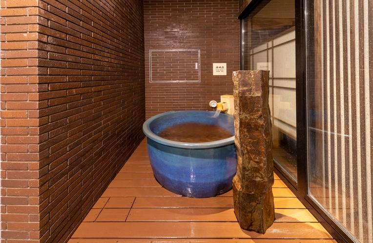 【男子】水風呂(水温:16℃~17℃)