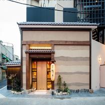 ◆ホテル正面玄関(昼)