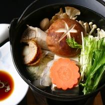 【朝食】当館の源泉を使った♪<源泉湯豆腐>