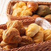 【朝食一例】パン
