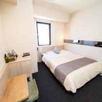 【Natural】眠りを追及した150cm幅のワイドベッドと適度な硬さのマットでぐっすり