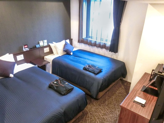 【プレミアムツイン】DHC社製アメニティ採用♪充実のルームアイテムを備えた2ベッドルーム♪