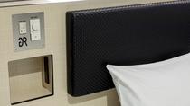 ベッドのコンセント&USBポート