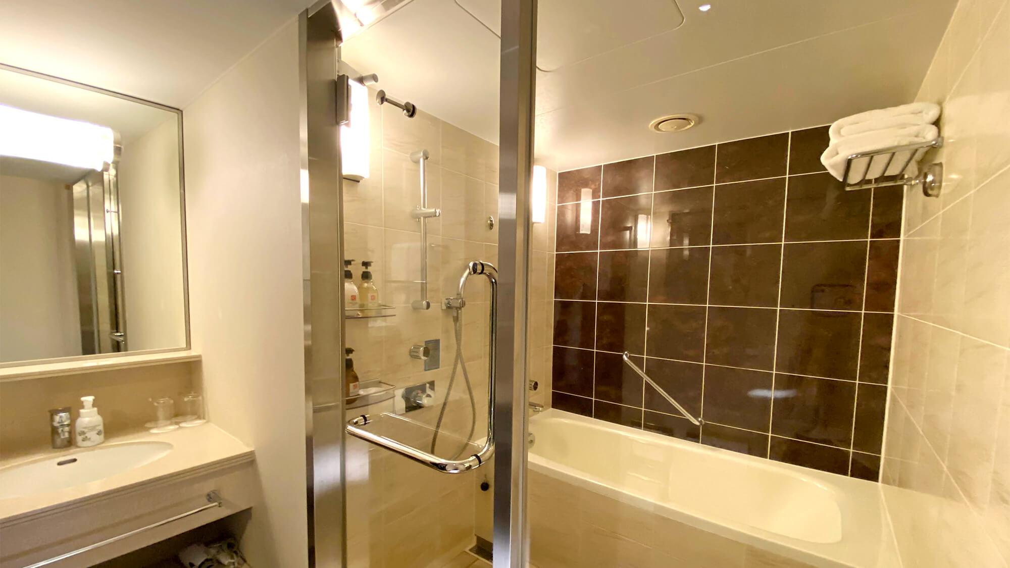 【クラシックフロア】コンフォートツイン&スーペリアツイン バスルーム