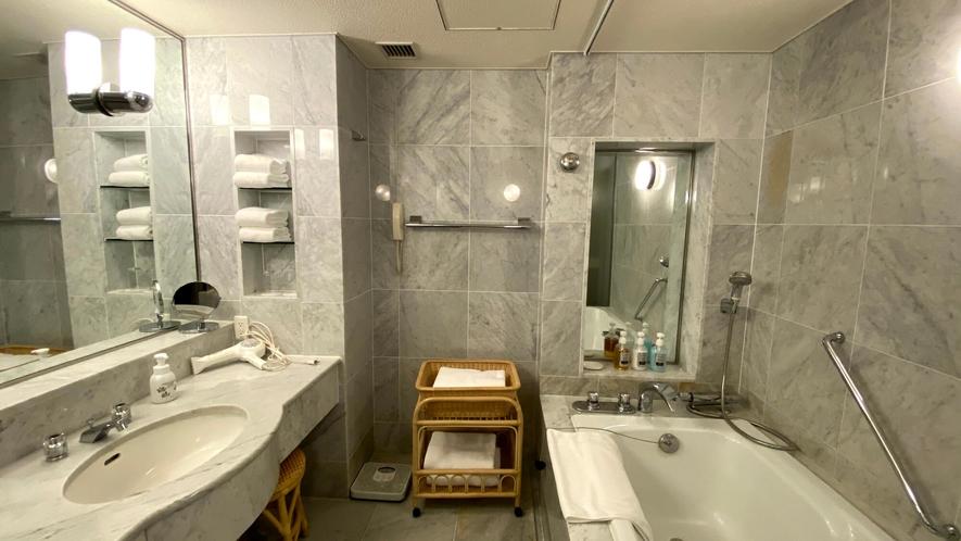 【クラブフロア】クラウンスイート バスルーム