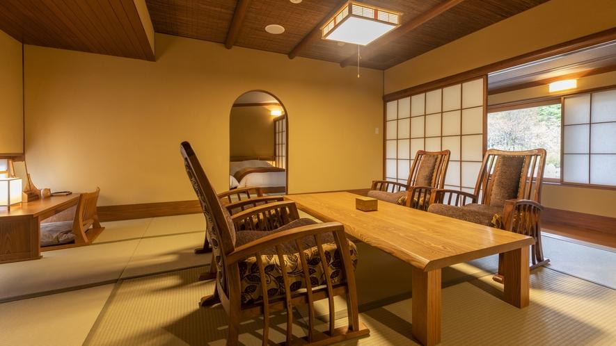 【離れ】天の坐「杉亭」客室一例。当館で最も広い90㎡のお部屋。文化財的建築の粋を存分に堪能頂けます。