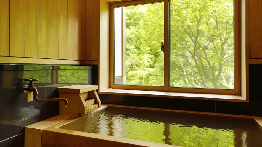 全49室の内、30室の客室風呂で自家源泉かけ流しの温泉を愉しめます。※一部温泉ではない客室も有。