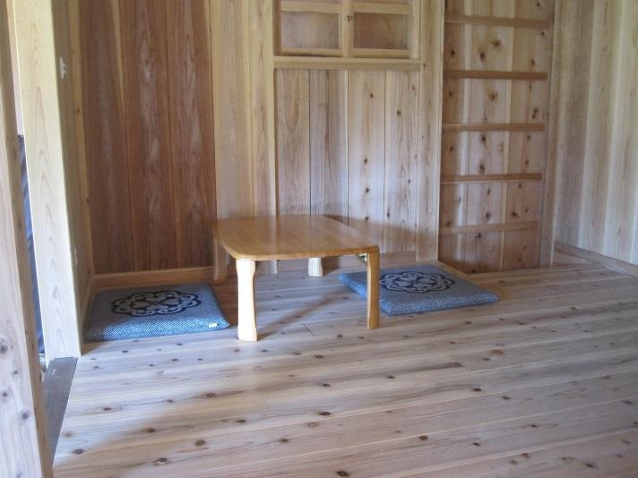 客室の板間(3畳)