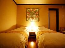 【スイートツインルーム】ベッドルーム