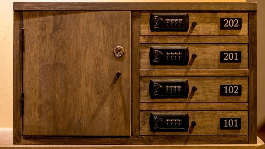 エントランスのキーボックス