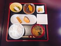 【日替わり朝食】