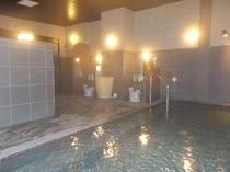 人工温泉大浴場