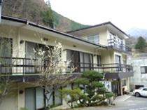 清香旅館外観