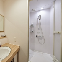 客室内シャワールーム