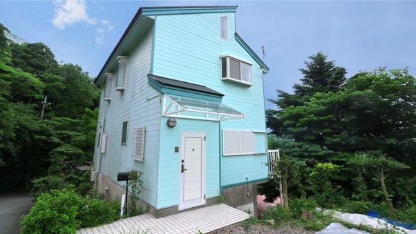 【赤沢I-17】ペットと泊まれる温泉付2階建て貸別荘