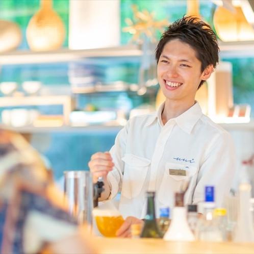 Cafe&Bar スタッフ